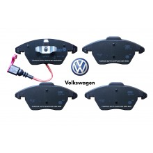 Front Brake Pad For Audi TT VW Golf Passat Jetta Touran Scirocco EOS (3C0698151J)
