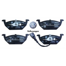 Front Brake Pad For Volkswagen Polo Golf Jetta Touran Passat Audi A3 (1J0698151G)